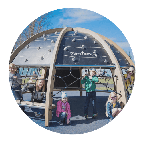 Outdoor play planetarium